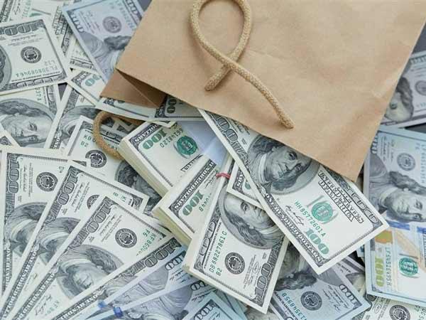 Mơ thấy tiền đô đánh con gì trúng lớn?