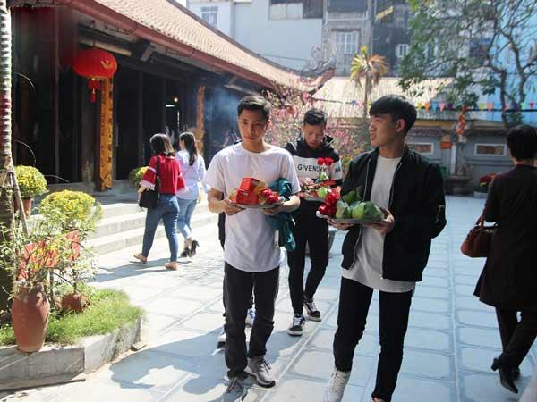 Văn khấn cầu duyên ở Chùa Hà