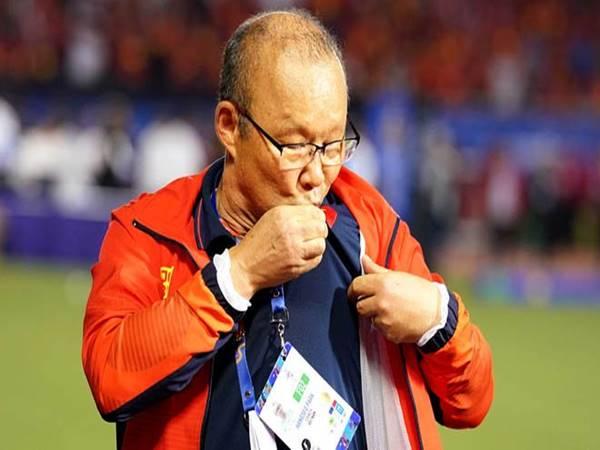 Thầy Park tự tin ôm cả World Cup lẫn AFF Cup