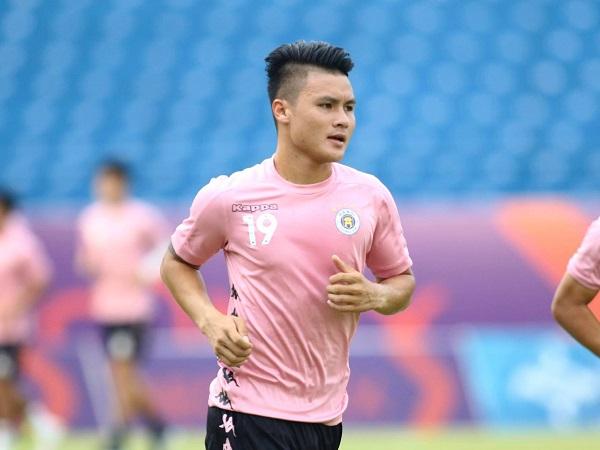 Bóng đá Việt Nam chiều 16/7: Quang Hải báo tin vui trước vòng 10 V-League 2020