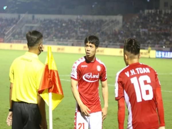 diem-nhan-vong-11-v-league-nhung-ong-vua-ao-den