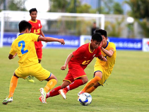 Bóng đá Việt Nam tối 24/9: SLNA có màn trình diễn đáng thất vọng
