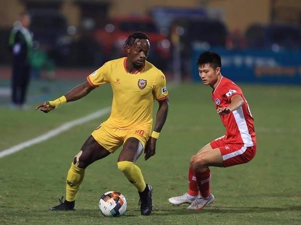 Bóng đá Việt Nam sáng 26/10: Viettel đòi lại ngôi đầu bảng từ tay Hà Nội