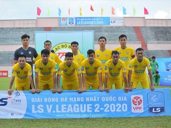 Bóng đá Việt Nam sáng 15/1: Thêm một đội bóng xin rút lui khỏi giải Hạng Nhất