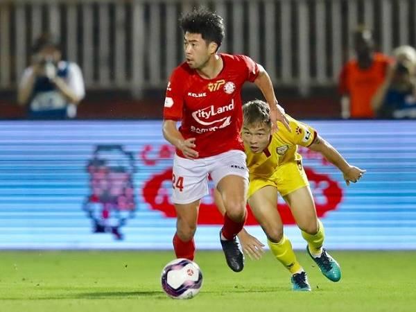 Bóng đá Việt Nam sáng 29/1: Đội bóng Lee Nguyễn đổi kế hoạch