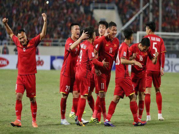 Bóng đá VN 16/6: Thầy trò HLV Park Hang Seo đón cơn mưa tiền thưởng